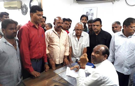 बी.के.पी. ने दीपक शुक्ला को आर्थिक मदद एवं अपराधियों की गिरफ्तारी मांग