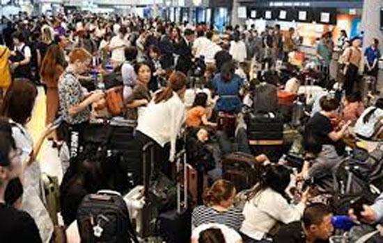 तोक्यो हवाई अड्डे पर फंसे 17000 यात्री