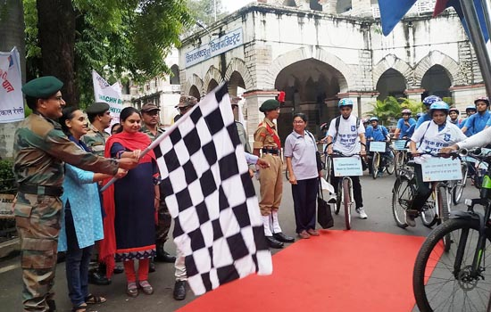 स्वच्छता का संदेश देने एनसीसी की पेन इंडिया साईकिल रैली पहुंची उदयपुर