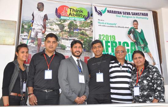 नारायण सेवा द्वारा अफ्रीका में कृत्रिम अंग मापन शिविर आयोजित