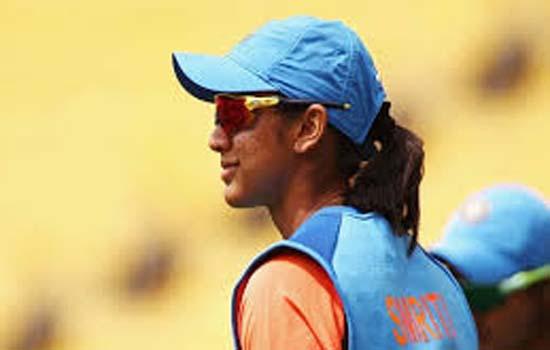 स्मृति मंधाना चोट के कारण वनडे सीरीज से बाहर