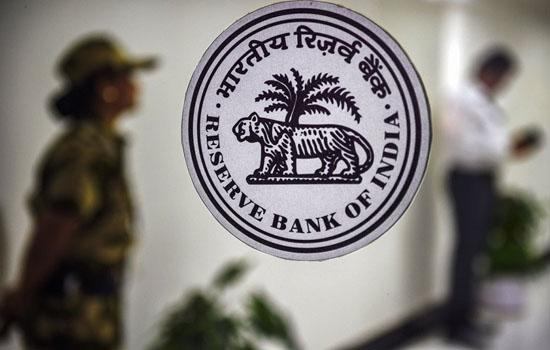 आरबीआई ने विदेशी, निजी, लघु वित्त, भुगतान बैंकों के पूर्णकालिक निदेशकों, सीईओ के लिए मुआवज़े के दिशा-निर्देश जारी किए