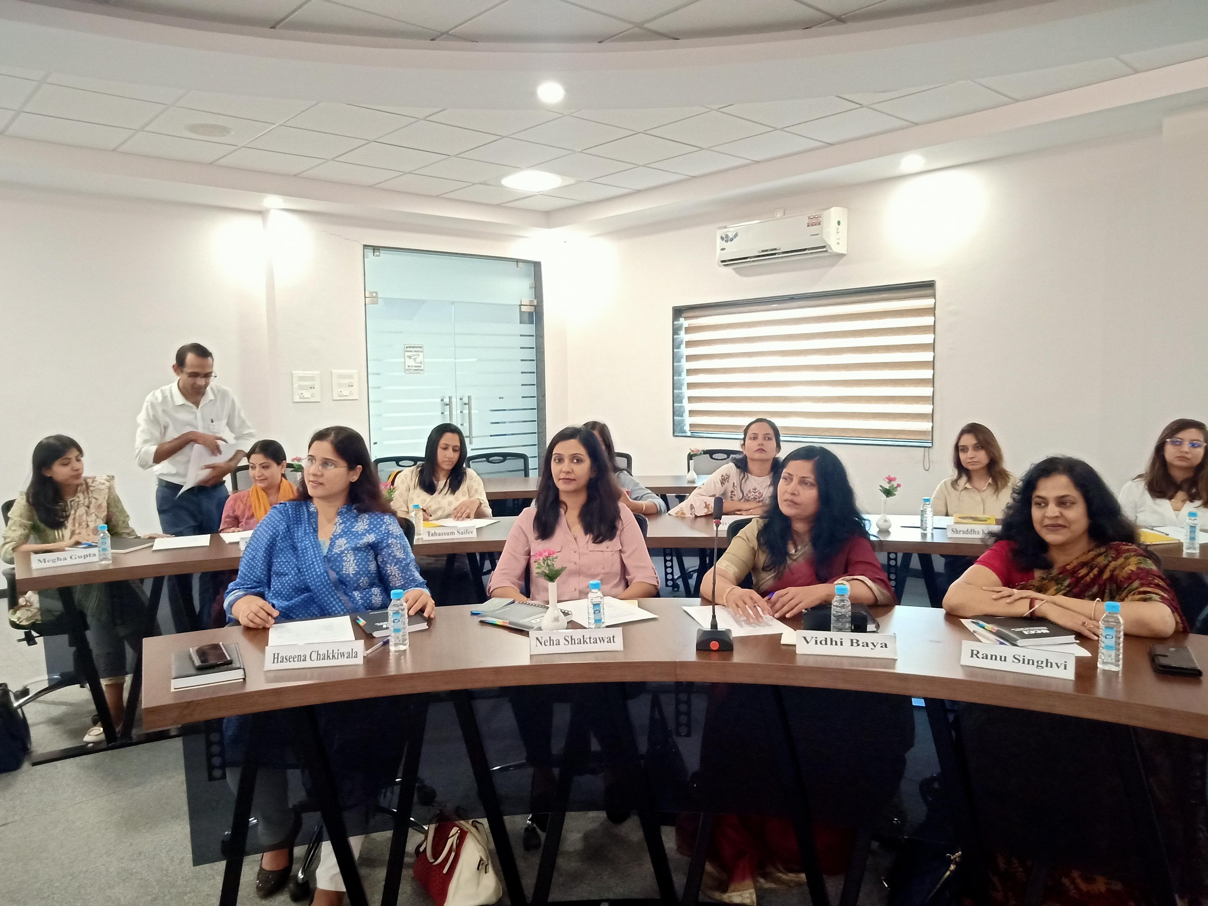 व्यवसाय में महिला उद्यमी अधिक सफल ः प्रो. वसंति श्रीनिवासन