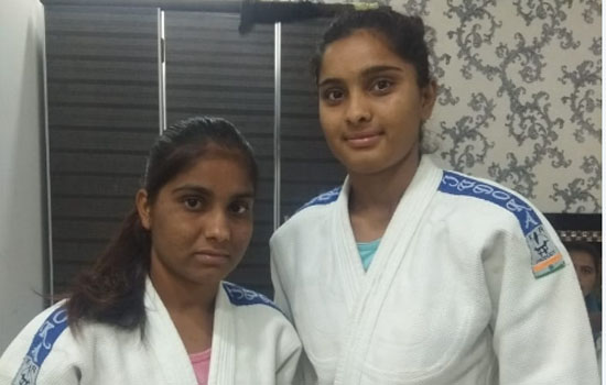 बाड़मेर की 3 छात्राए जूडो की राष्ट्रीय प्रतियोगिता में हिस्सा लेरही है