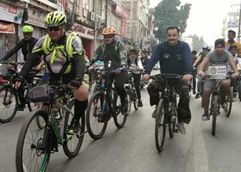 साईकिल चलाओ के नारों से गूंजा उदयपुर षहर