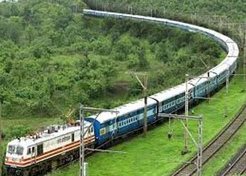 सिंगनलिंग अपग्रेडेशन कार्य के कारण रेल यातायात प्रभावित