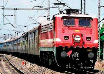 दोहरीकरण कार्य के लिए रेल यातायात प्रभावित