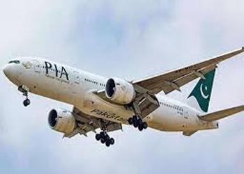 इस्लामाबाद आ रहे विमान में तीन लोगों को दिल का दौरा पड़ा