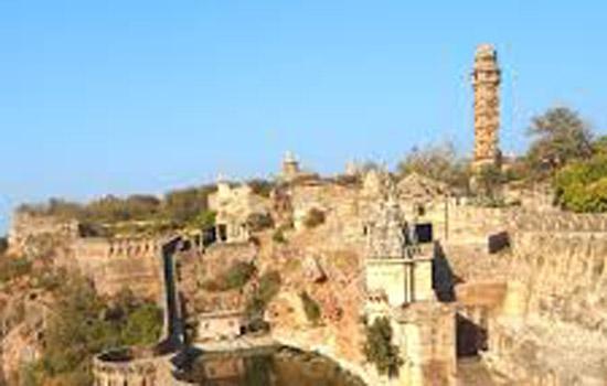चित्तौडगढ सेवा संस्थान द्वारा मकर सक्रांति पर निशुल्क खिचडा वितरण