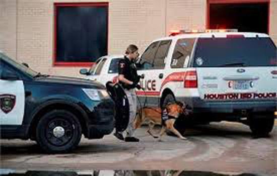 टेक्सास के हाईस्कूल में छात्र की गोली मारकर की हत्या