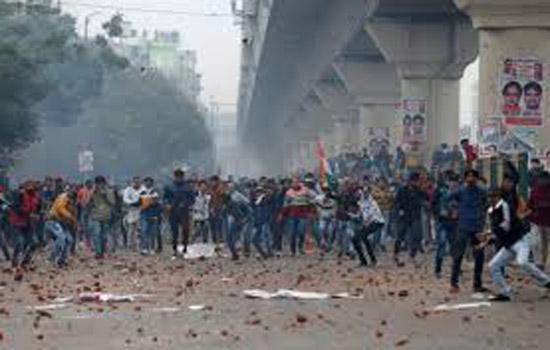 सीलमपुर हिंसा मामले में अदालत ने 12 लोगों को दी जमानत