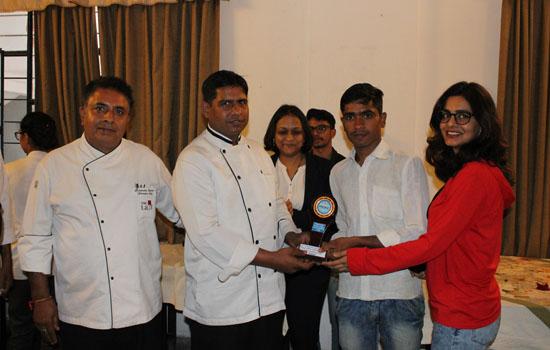 कुकिंग प्रतियोगिता का आयोजन
