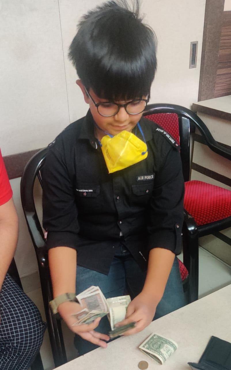 ११ वर्षीय सचिन ने मजदूरों के लिये प्रदान की अपनी पॉकेटमनी