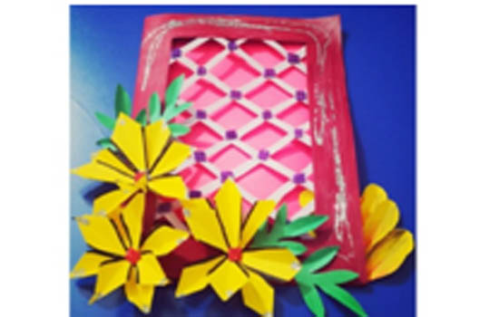 Online card making competition organized on Mother's Day