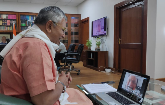 सांसद चौधरी ने केन्द्रीय मंत्री को कार्यकर्ताओं के साथ वीसी के दौरान ही दूरभाष पर किया अनुरोध