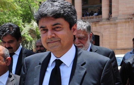 पाकिस्तान के कानून मंत्री ने पद से दिया इस्तीफा