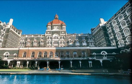 मुंबई के होटल ताज को उड़ाने की धमकी