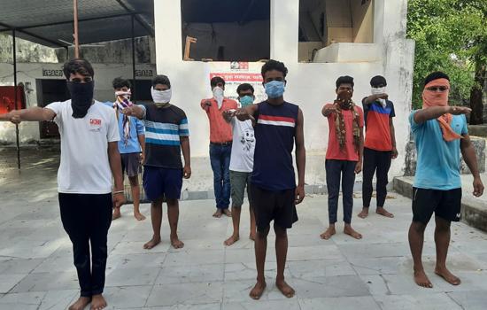 नेहरू युवा संस्थान के युवाओं ने ली शपथ