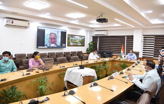 डॉ. हर्ष वर्धन ने ऑस्ट्रेलिया के स्वास्थ्य मंत्री के साथ कोविड-19 के प्रबंधन समेत द्विपक्षीय स्वास्थ्य सहयोग पर चर्चा की