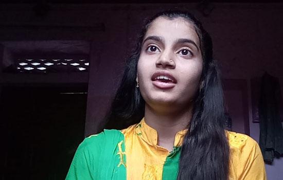 संस्कृत सुभाषित स्पर्धा में प्रस्तुत किए श्लोक
