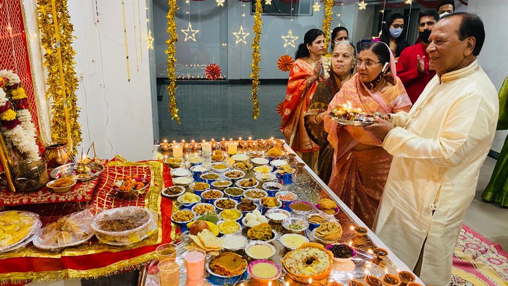 नवरात्रि समापन पर माताजी को धराया छप्पन भोग