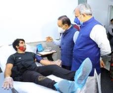 *रक्तदान महादान है,इससे बड़ा कोई पुण्य नही हो सकता :डॉ हर्ष वर्धन*