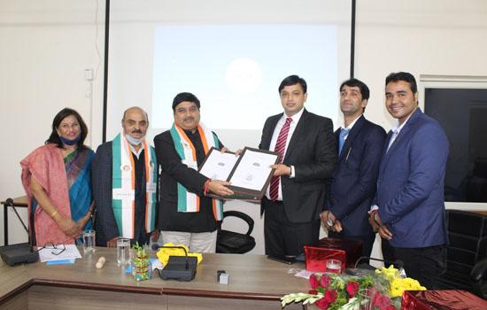 राजस्थान विद्यापीठ विश्वविद्यालय एवं आईसीएसआई के बीच हुआ एमओयू