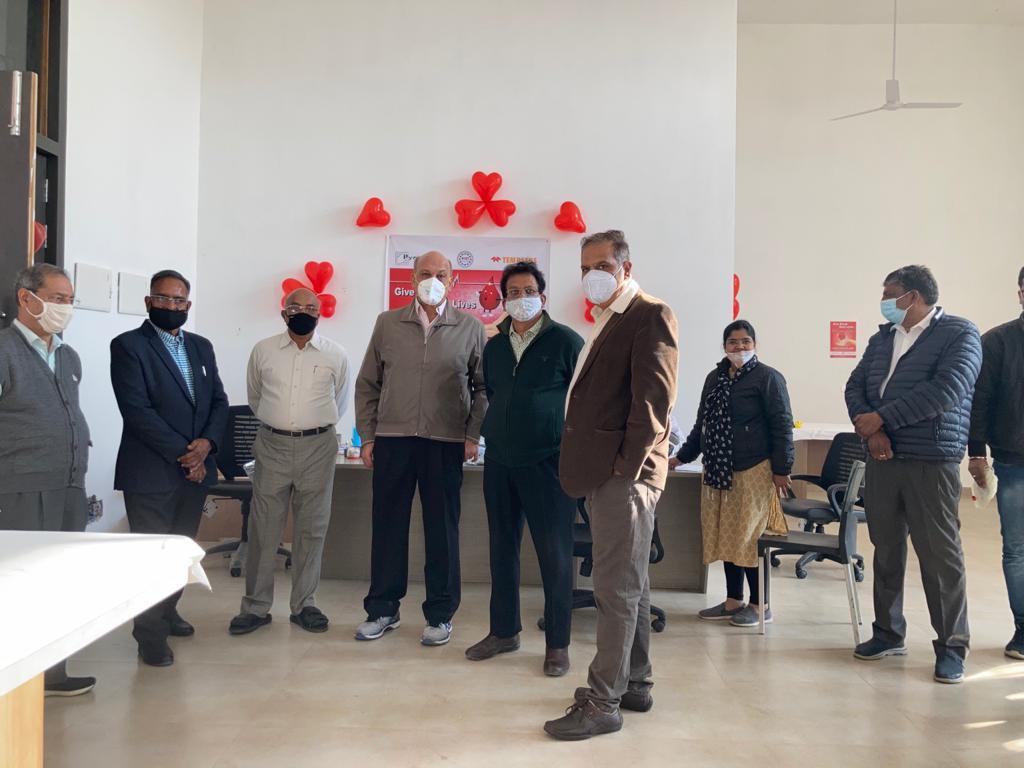 यूसीसीआई एवं पायरोटेक टेम्पसन्स ग्रुप द्वारा प्रथम रक्तदान शिविर का आयोजन