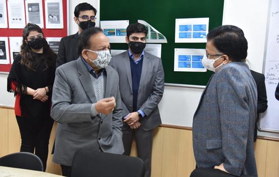 केन्द्रीय मंत्री ने कोविड-19 वैक्सीन को लेकर फैलाए जा रहे भ्रम को निराधार बताया