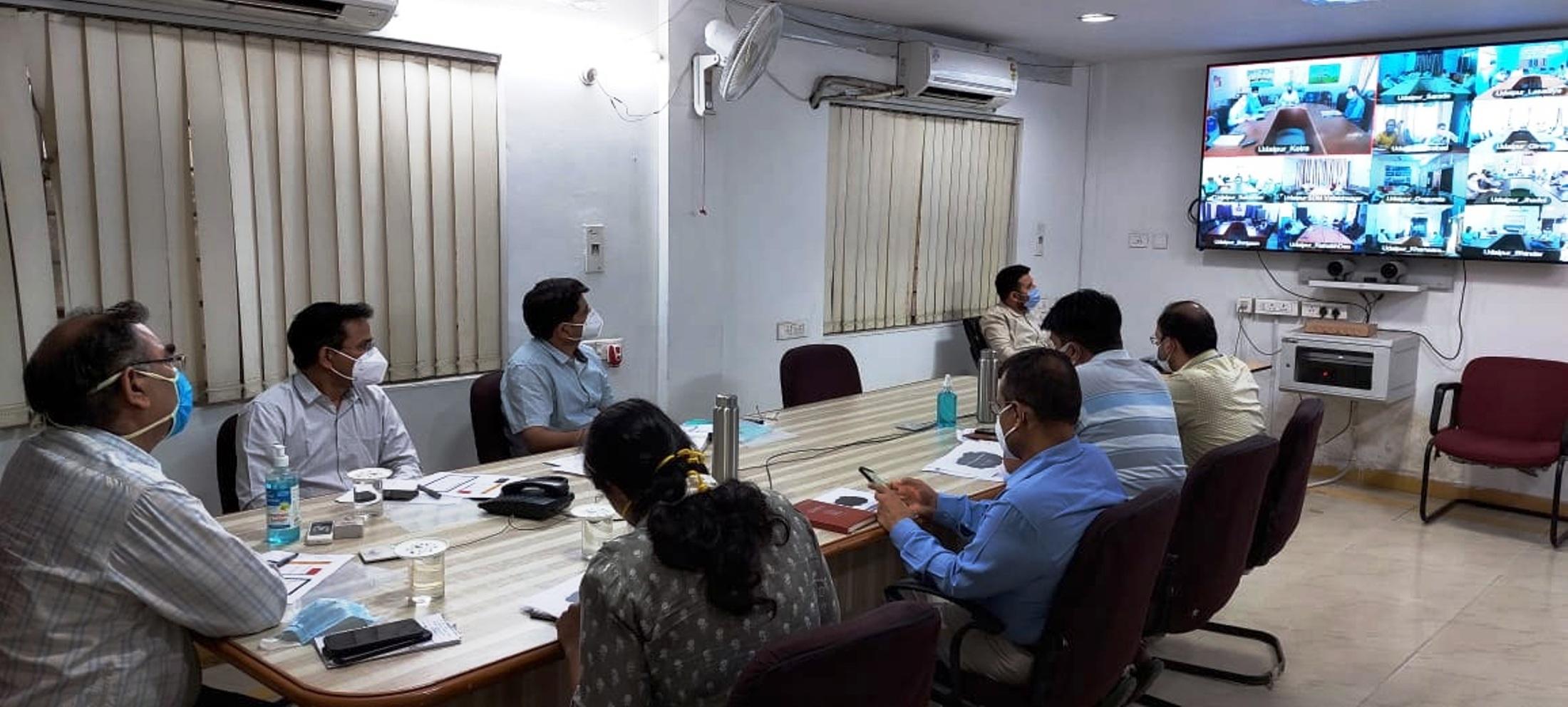 कलक्टर ने जानी जिले में टीकाकरण की प्रगति