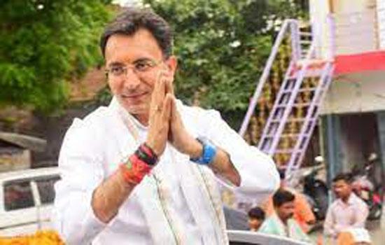 सिंधिया के बाद प्रसाद का जाना कांग्रेस के लिए बड़़ा झटका