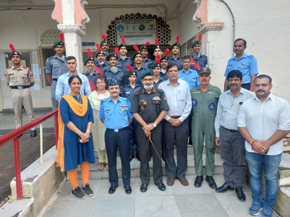 6 राज एयर स्क्वार्डन एनसीसी का वार्षिक निरीक्षण