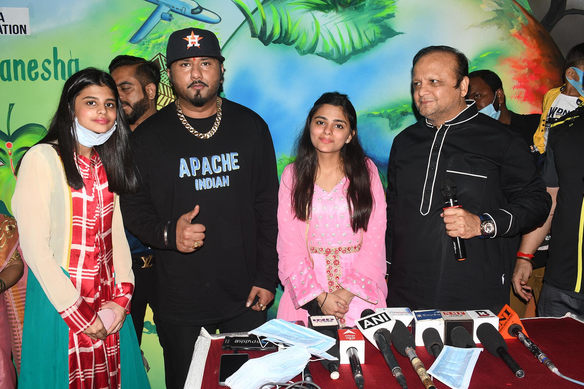 Asif Bhamla-Yo Yo Honey Singh Team Up To Promote Eco-Friendly Green Ganesha