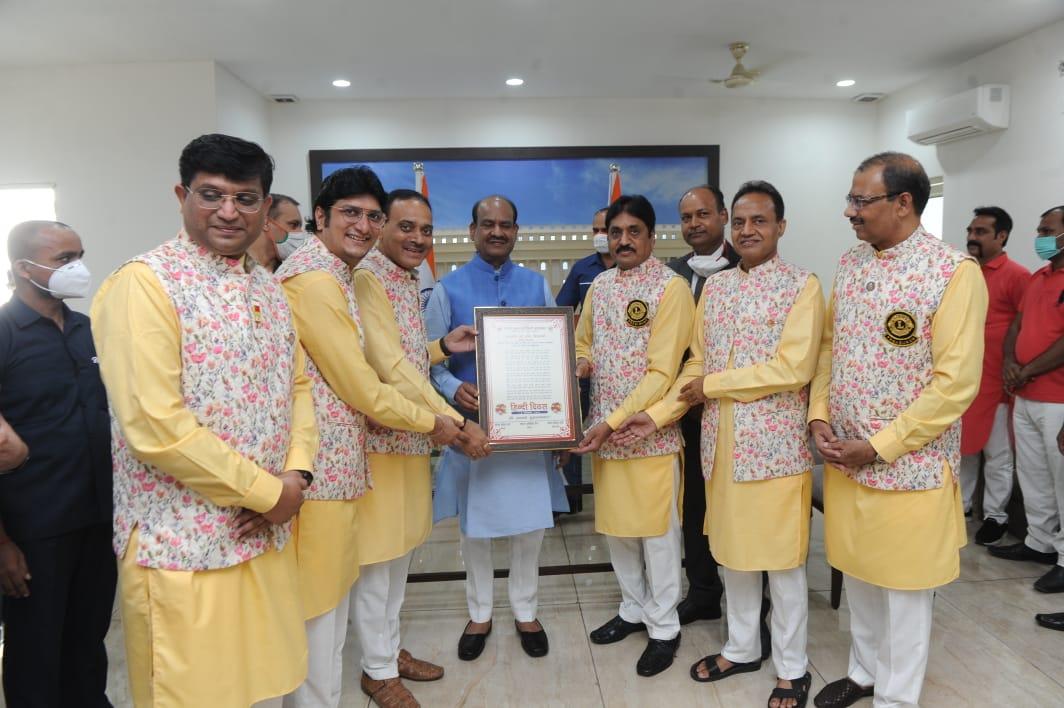 Hindi is a powerful medium to unite the nation: Om Birla