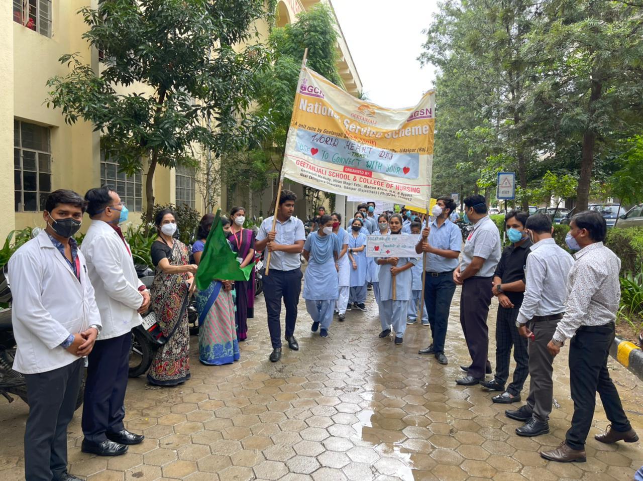गीतांजली कॉलेज एवं स्कूल ऑफ नर्सिंग के बीएससी ओर जीएनएम् के नर्सिंग छात्रों ने मनाया विश्व हृदय दिवस